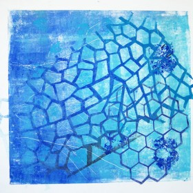 LO391 Honeycomb Print V